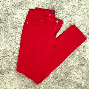 Sexy red jeggings
